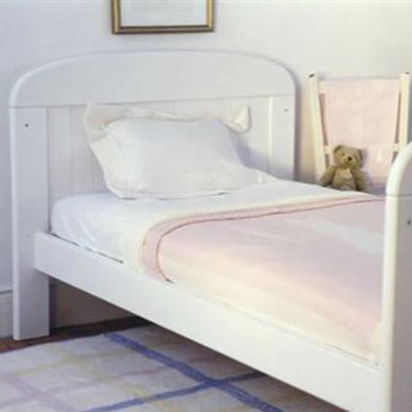 White Painted Pine Cot Bed